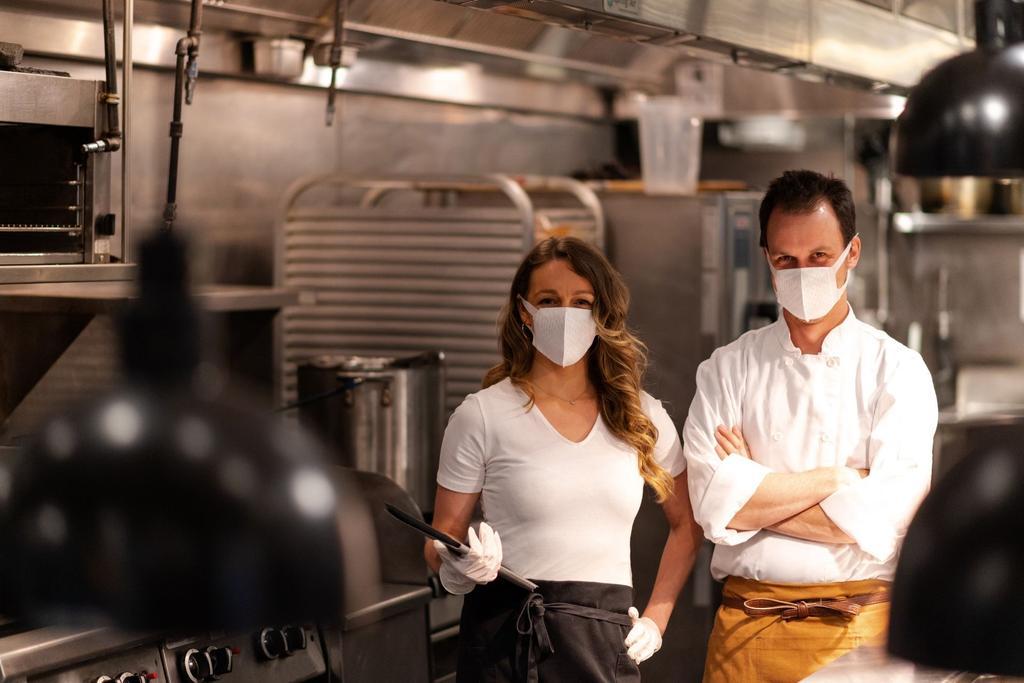 Restaurantveiligheidstips voor COVID-19